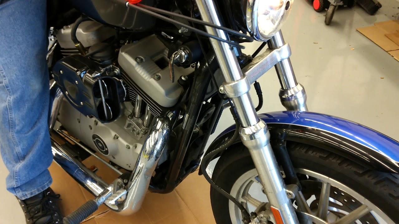2005 Harley Davidson Roadster 1200 shaking engine start up