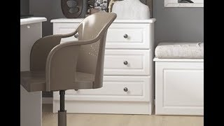 Hampshire Stylish Bedroom Furniture 3 Drawer Wide Chest of Drawers in White Textured MDF & Melamine