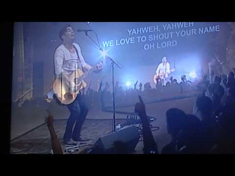 Phil Wickham - SingAlong 2 - At Your Name (Yahweh, Yahweh) - Live at Calvary Chapel of Costa Mesa!
