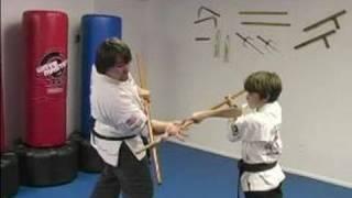 فنون الدفاع عن النفس التدريب على الأسلحة : بو الموظفين تقنيات فنون الدفاع عن النفس