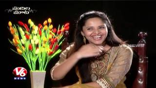 Video Anasuya About Her Love Marriage | Exclusive Interview | Madila Maata | V6 News download MP3, 3GP, MP4, WEBM, AVI, FLV Juni 2018
