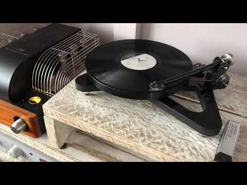 "pink-floyd--""hey-you""-,-rega-rp8,-unison-research-s6,-sonus-faber-grand-piano-domus"