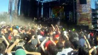 Gogol Bordello - Immigraniada (We Comin' Rougher) (Maquinaria, Chile 2012)