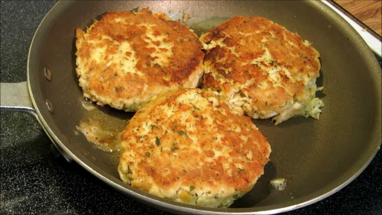 How To Make Maryland Style Crab Cakes Youtube