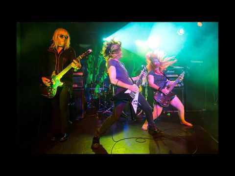 "L7 - Live at Finsbury Park London 1992. Radio 1 ""In Concert"""