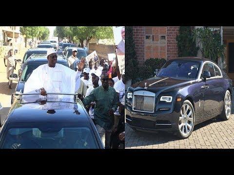 Macky Sall arrive en Rolls Royce à Banjul