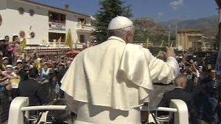 Papa Francis acılı aileye taziye ziyaretinde bulundu
