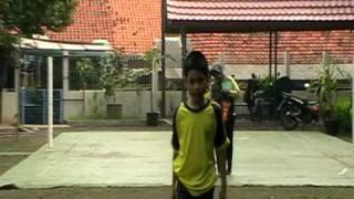 Video AUTISM JAKARTA - Jalan mengikuti garis hijau 1 download MP3, 3GP, MP4, WEBM, AVI, FLV Oktober 2017