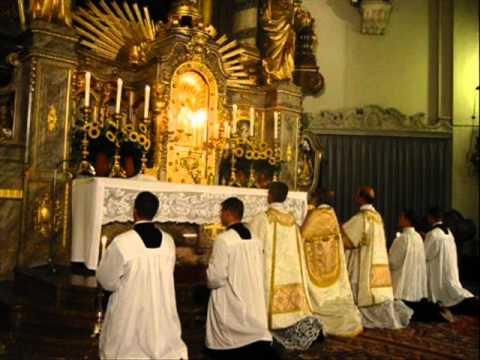 Tantum Ergo Sacramentum - Gregorian Chant