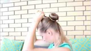 Пучок из волос в двух вариантах.  Любимая прическа на лето