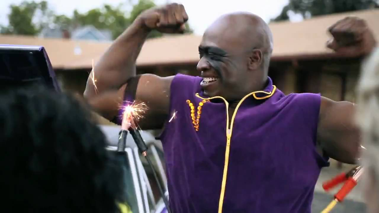 John Randle Commercial - Vikings Scratch Game - YouTube 7a27ff21c