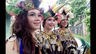 Kecantikan wanita Dayak Kalimantan