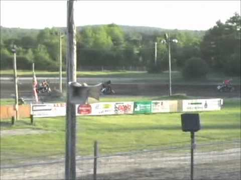 Northeast Mini Sprints Canaan Dirt Speedway 06-15-2012 600cc Heat.wmv