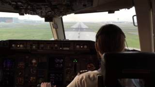 Video Landing of boeing 767 to toronto download MP3, 3GP, MP4, WEBM, AVI, FLV Juli 2018