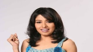 Sunidhi Chauhan Sings Desi Girl At Channel V Indiafest In Goa