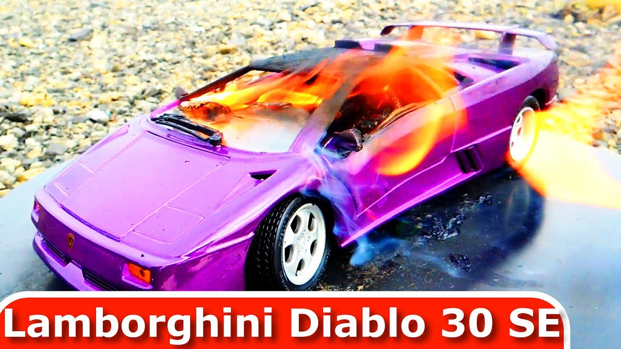 Burning My Lamborghini Diablo 30 SE. The Car Is On Fire! Toy Car Burnout