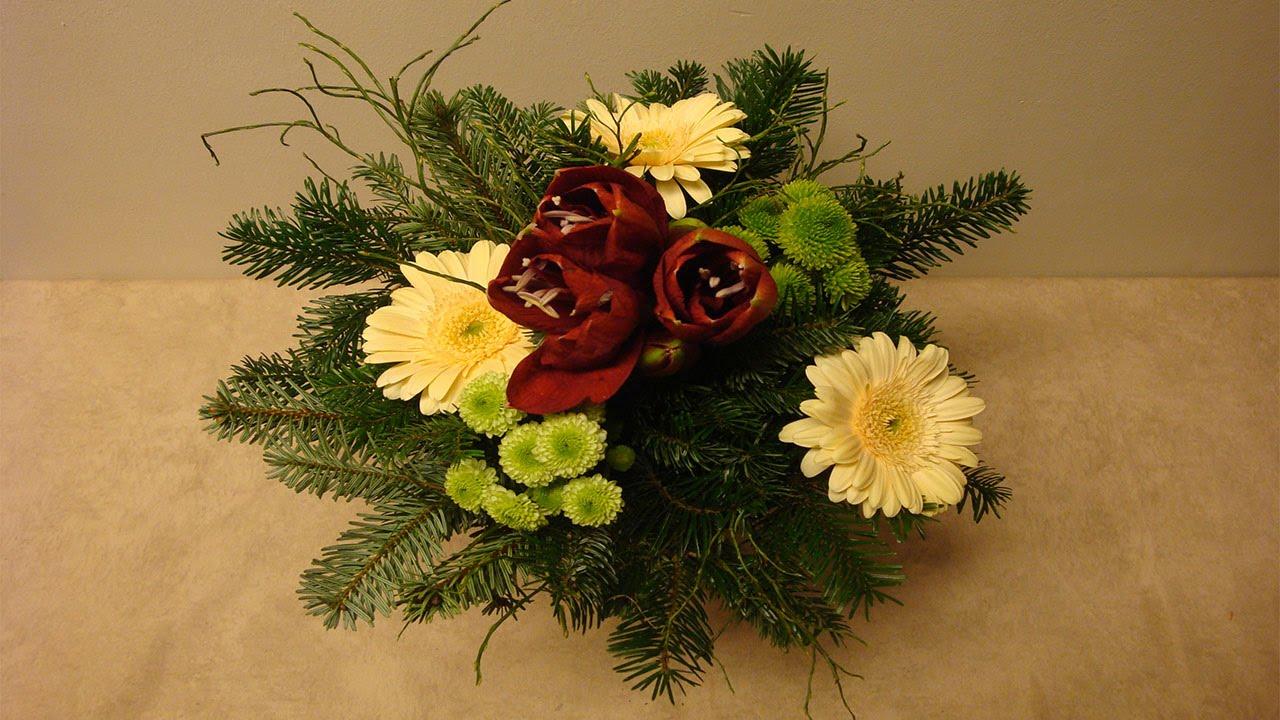 Blumenstrauss Binden Floristik Im Winter Deko Ideen Mit Flora