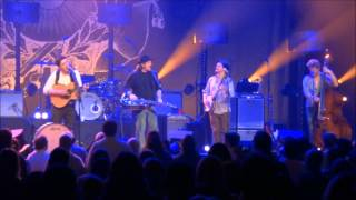 Mumford & Sons - The Boxer & Awake My Soul (with Jerry Douglas on Dobro)