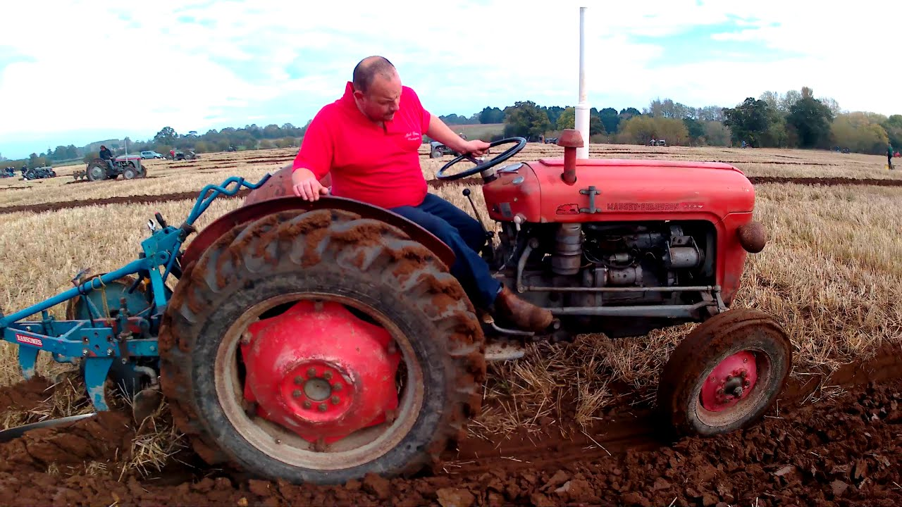 1963 Massey Ferguson 35X 2 5 Litre 3-Cyl Diesel Tractor (45HP) With Plough