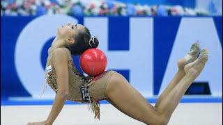 Художественная гимнастика упражнения без предмета.Настя Кочина 10 лет. Иркутск.(В последнее время на соревнованиях мирового класса упражнение без предмета не проводится, но именно оно..., 2016-01-08T02:18:34.000Z)