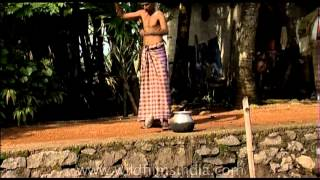 Man catches fish before your eyes! Kerala backwaters