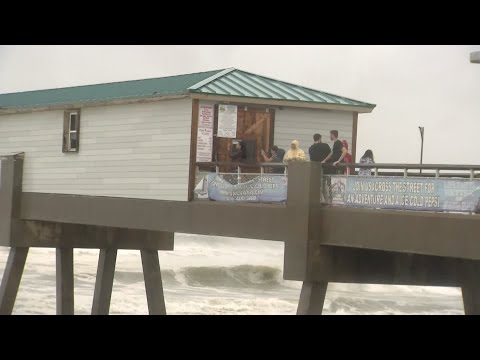 Fort Walton Beach Tornado from YouTube · Duration:  38 seconds