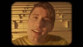 VÂN SCOTT - Poster Boy [Official Video]