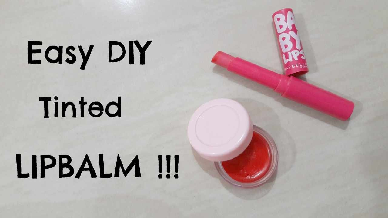 2 Easy DIY Tinted Lip Balm Recipes Without Beeswax !