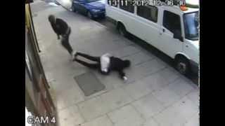 الاعتداء على فتاه مسلمه في شرق لندن