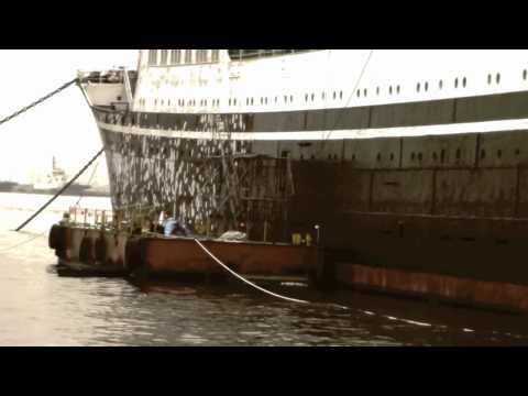 hikawa maru a boat in yokohama