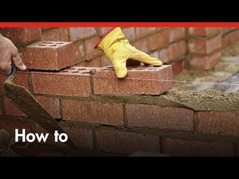 bricklaying-101:-how-to-build-a-brick-wall---diy-at-bunnings