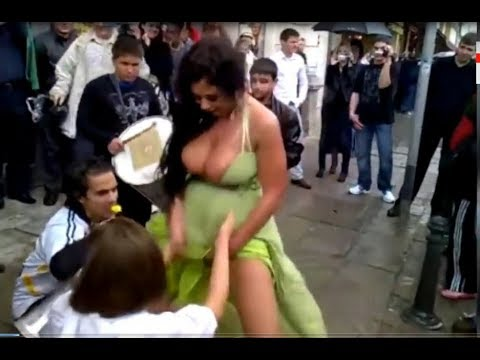 sexy arab dance at street wow