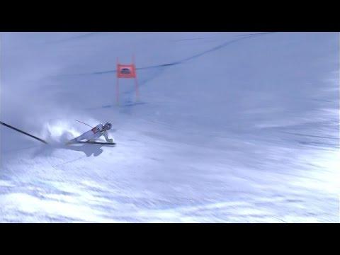 Lindsey Vonn Loses a Ski at 80 MPH