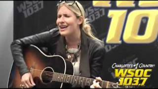 "103.7 WSOC: Holly Williams sings ""3 Days In Bed!"""
