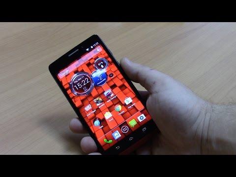 Распаковка Motorola Droid Maxx на русском