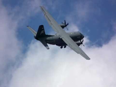 The C-27J Spartan CRAZY LANDING - Farnborough International Airshow 2010