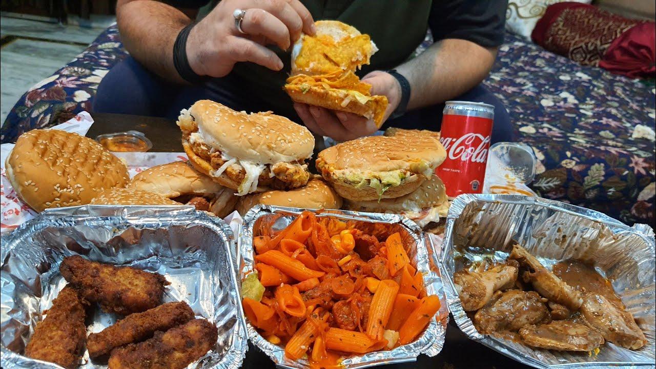 Non - Veg Burgers, Chicken Nuggets, Chicken Pasta Aur Sandwich | Fun Byte Ka Experience