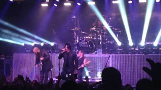 Three Days Grace - Chalk Outline Live HD