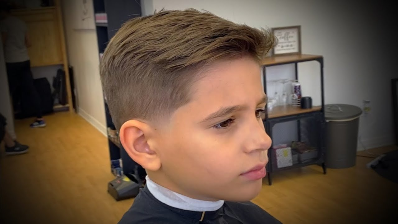 Young Boys Haircut Tutorial Will Grow Out Nicely Youtube