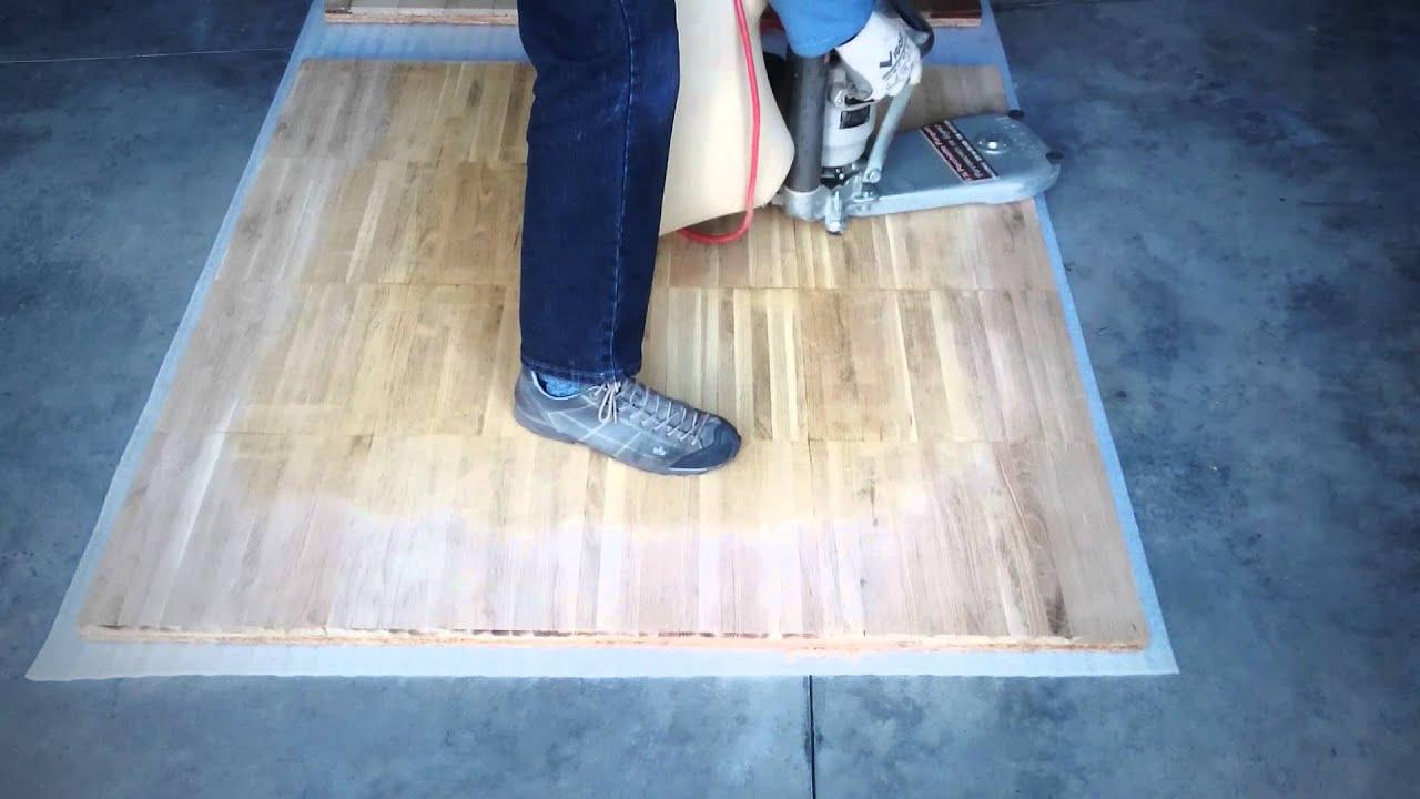 Levigatura e verniciatura parquet massello - YouTube