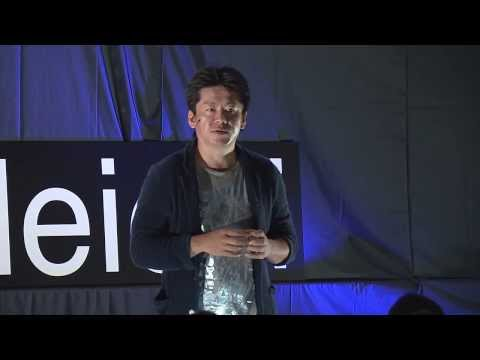Dream big and discover the universe | Takafumi Horie | TEDxMeieki (Việt Sub)
