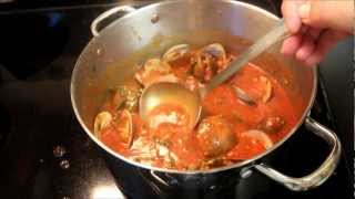 Italian Linguini With Red Clam Sauce