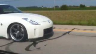 nissan 350z vs bmw 330 roll on 80 135mph hks hi power tru dual exhaust
