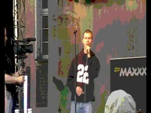 "Komar ""Chwile ulotne"" Karaoke MAXXX Festiwal"