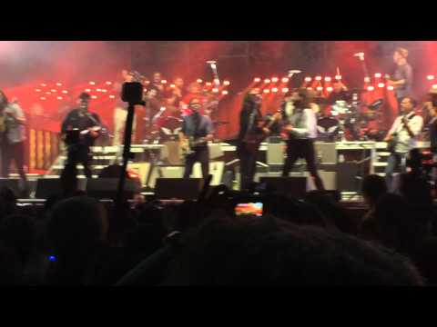 Mumford & Sons - With A Little Help From My Friends - Bonnaroo 6/13/2015