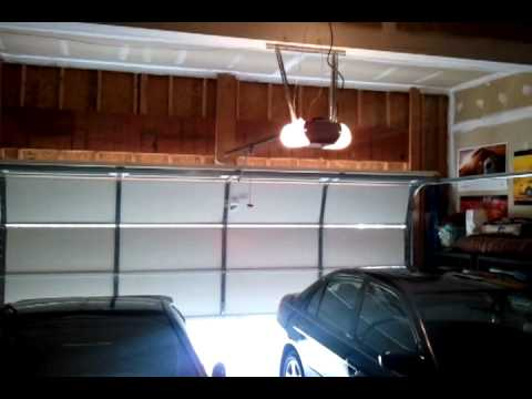 Craftsmen 34 Hp Belt Drive Garage Door Opener Youtube