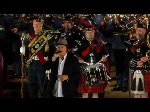 Bruce Guthro - Loreley Tattoo 2016 - Amazing Grace/Auld Lang Syne/Lone Piper