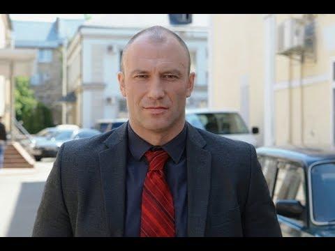 «Весь мир для моей семьи»: актер Константин Соловьев поделился достижениями повзрослевшей дочки