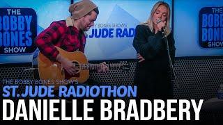 """Danielle Bradbery Performs Cover Of Martina McBride's """"A Broken Wing"""""""