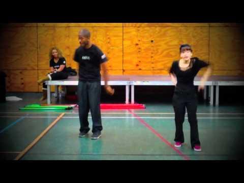 Extrait Show La Mécanique des Naïfs: SonYa & Scalp
